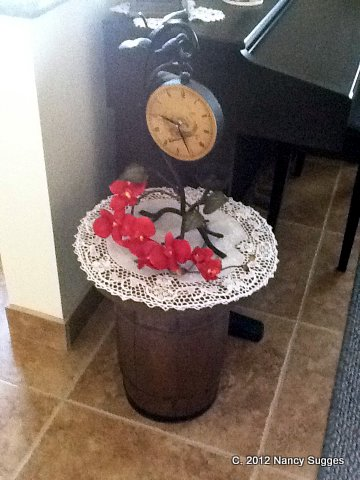 Photo of table made from nail keg
